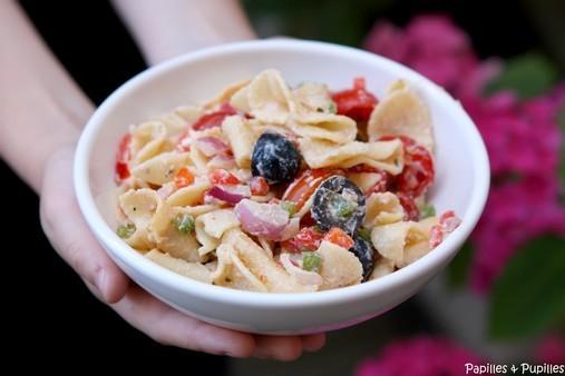 Salade de pâtes facile aux tomates, poivrons et Ricotta