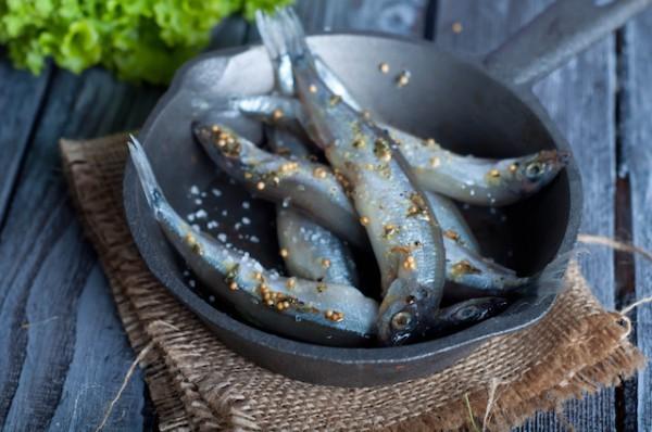 Sardines (c) lyulka shutterstock