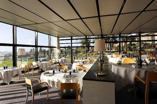 La salle du restaurant gastronomique herv lefevre for Resto lasalle