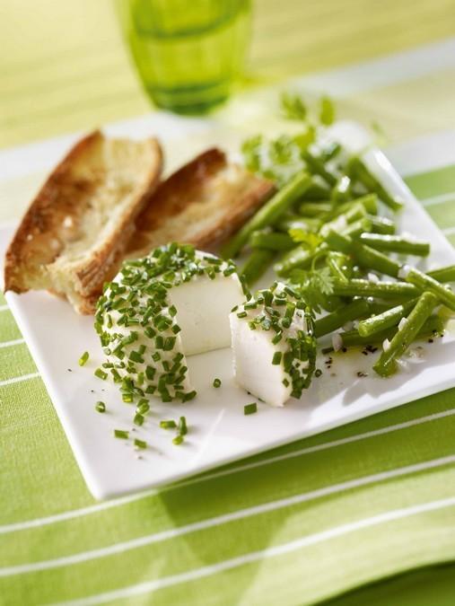 Salade de Crottin de Chèvre à la ciboulette et haricots verts