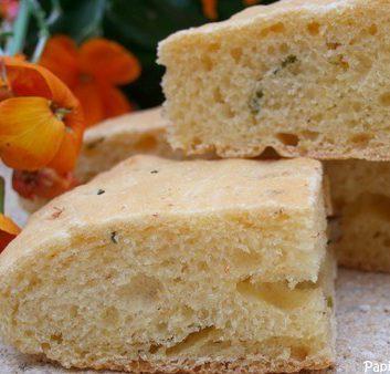 Recette pain au maïs piment de cayenne et ciboulette