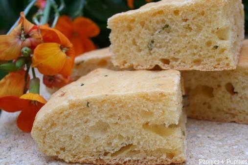Recette pain au mais piment de cayenne et ciboulette
