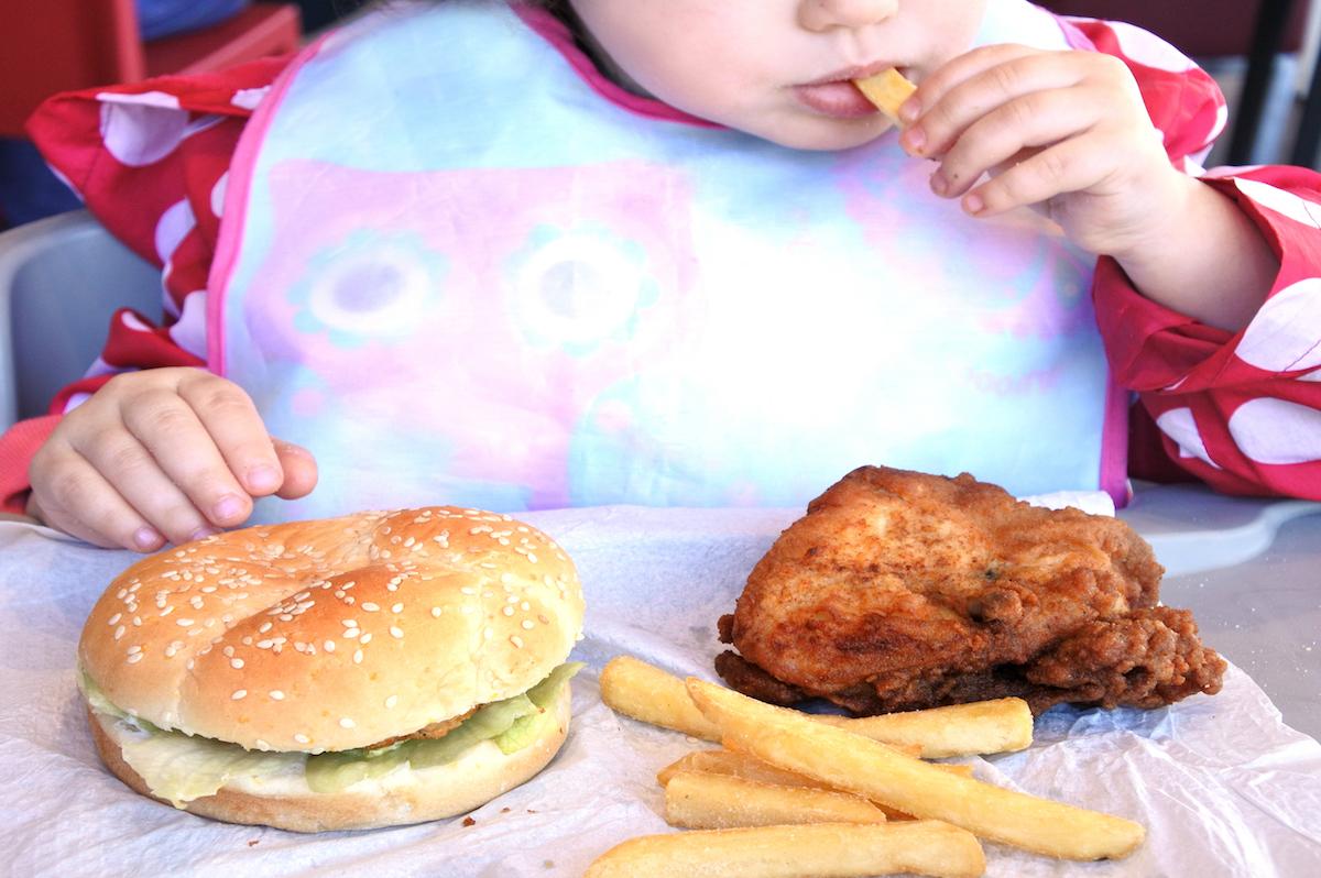Menus enfants ©ChameleonsEye shutterstock