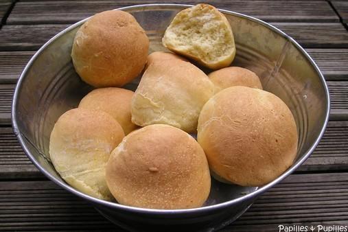 Petits pains aux zestes d'orange et aux graines de fenouil