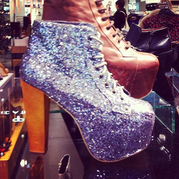 Glitter ..