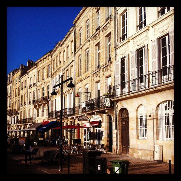 Le jour s'est levé :) Ping @nawal_ :) #Bordeaux - Quai des Chartrons