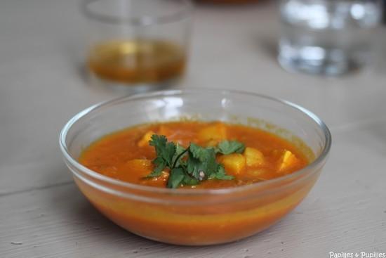 Curry de tempeh et pommes de terre