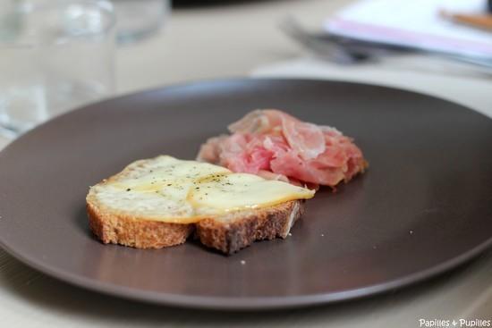 Tartine scamorza fumee - jambon de Bayonne