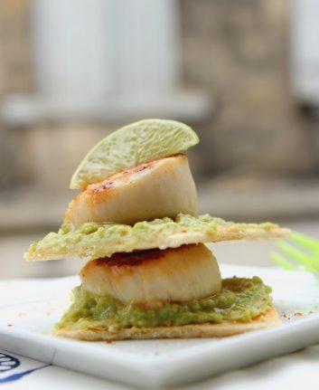 Millefeuille de Saint Jacques et guacamole