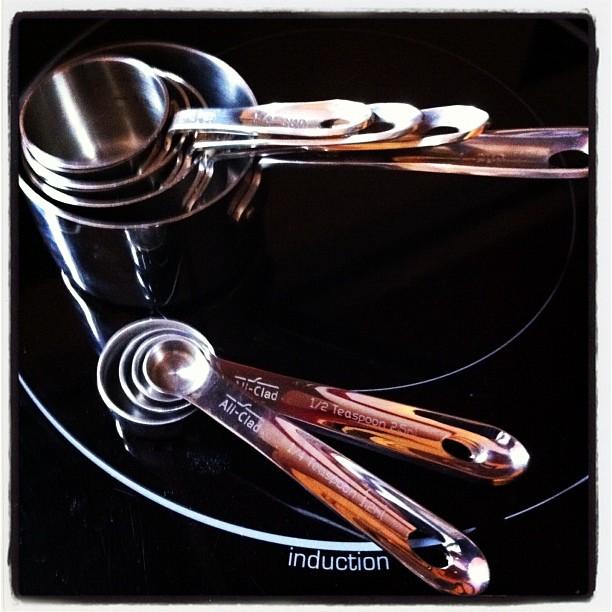 Tasses et cuillères mesure