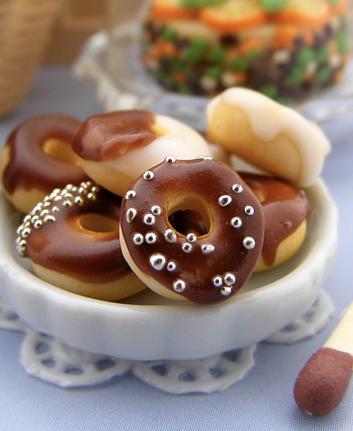 Doughnuts ©Shay Aaron