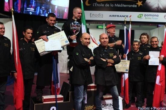 Les vainqueurs accompagnés de Jacques et Laurent Pourcel