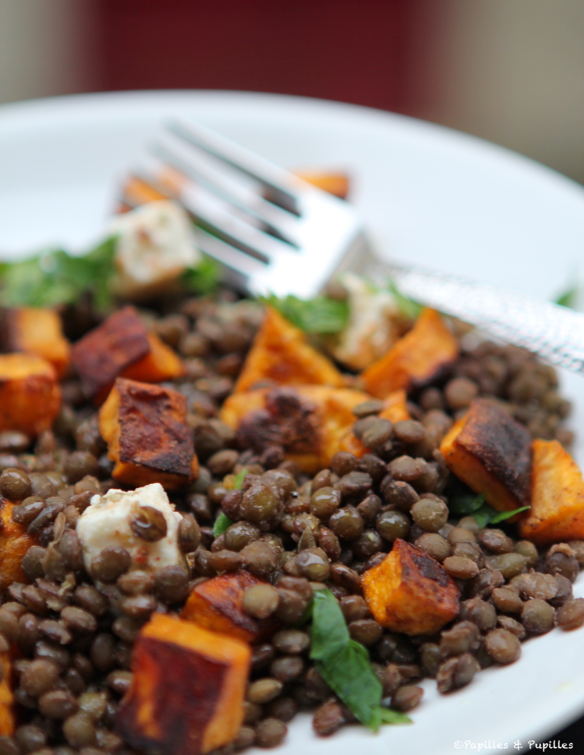a600cdff1ba6ed Recette de Salade de lentilles aux patates douces grillées et à la féta