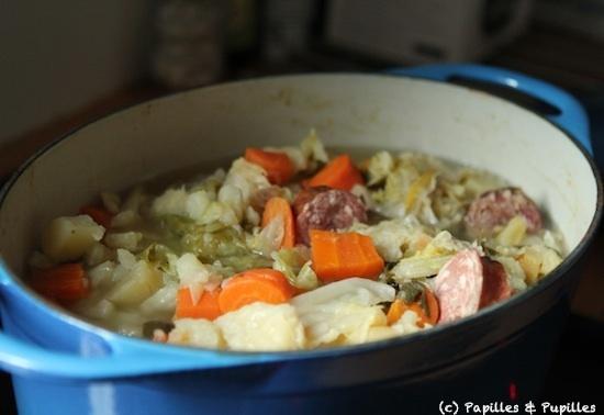 Recette de soupe paysanne la saucisse de morteau - Cuisine tv recettes minutes chrono ...