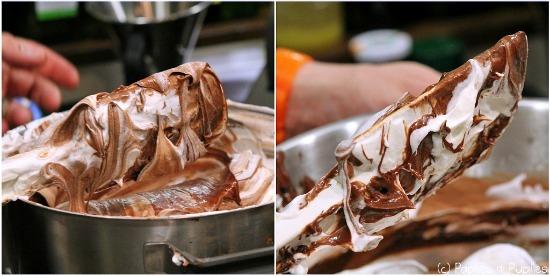 Mélange chocolat et crème montée