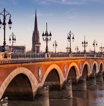 Bordeaux ©Oscity shutterstock