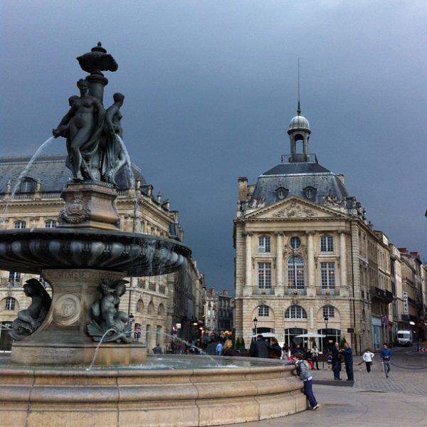 Ciel d'orage #bordeaux Place de la Bourse #nofilter