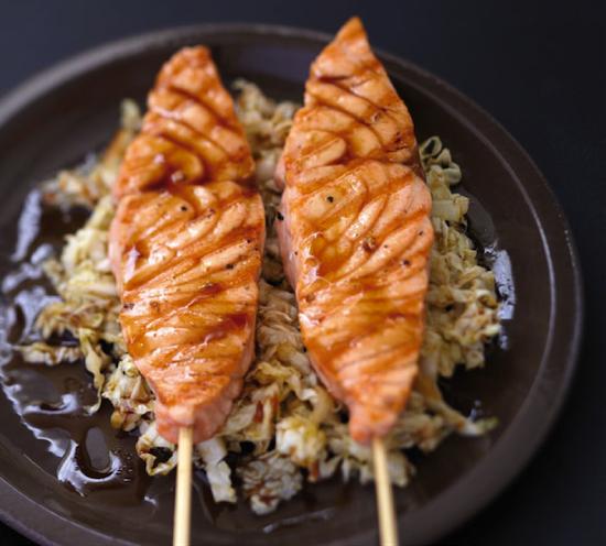 Plancha de Saumon écossais Label Rouge caramélisé, croquant de chou chinois