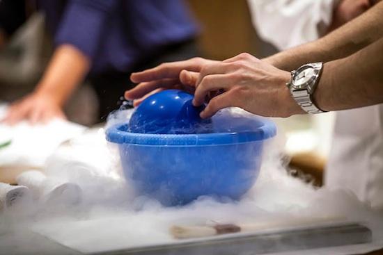 Quand les mol cules se cuisinent jusqu au 10 juin 2012 au - Comment faire de la cuisine moleculaire ...