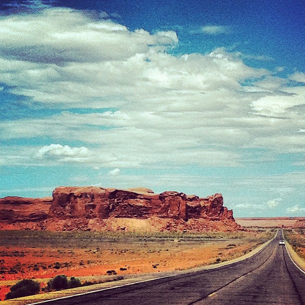 Omw to #MonumentValley #utah