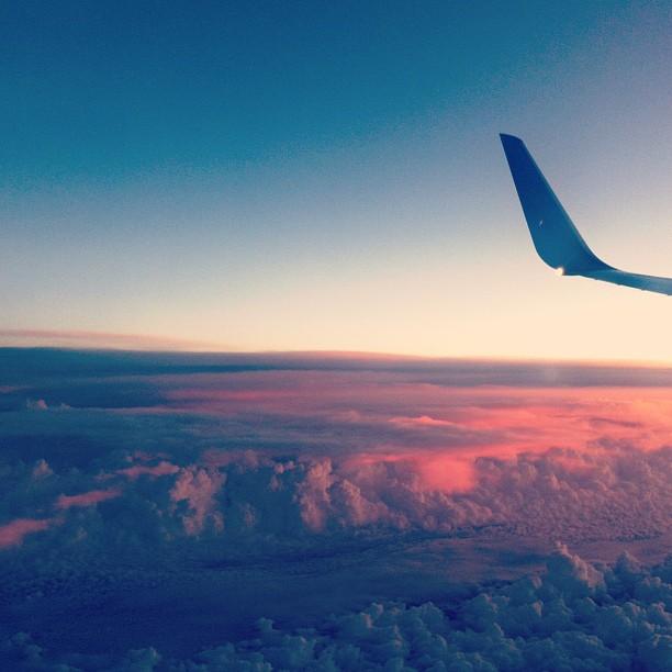 Lever du soleil quelque part au dessus de Chicago