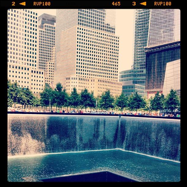 Très touchée par Ground Zero et le mémorial du 11 septembre #newyork