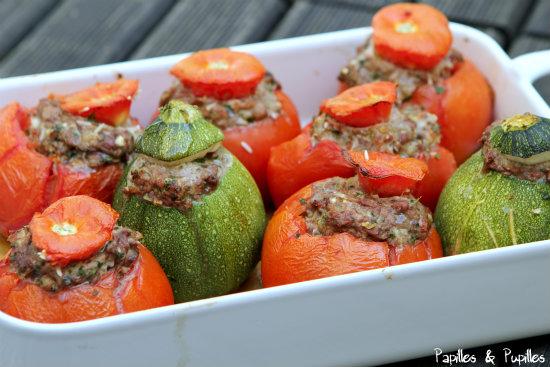 Courgettes farcies (avec tomates)