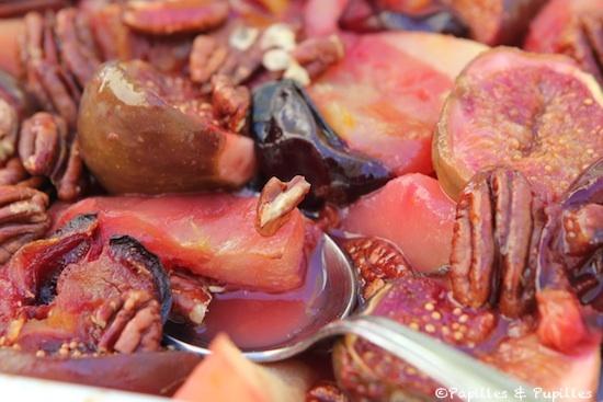 Fruits compotés, prêts à manger
