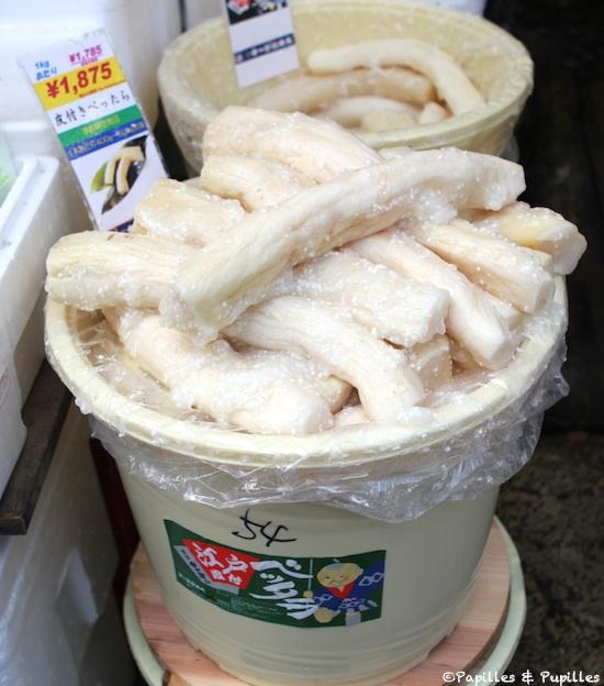 Bettara zuké -  Marinade de Daikon en entier avec du sel (pas trop fort), du kôji (aspergille) et du sucre