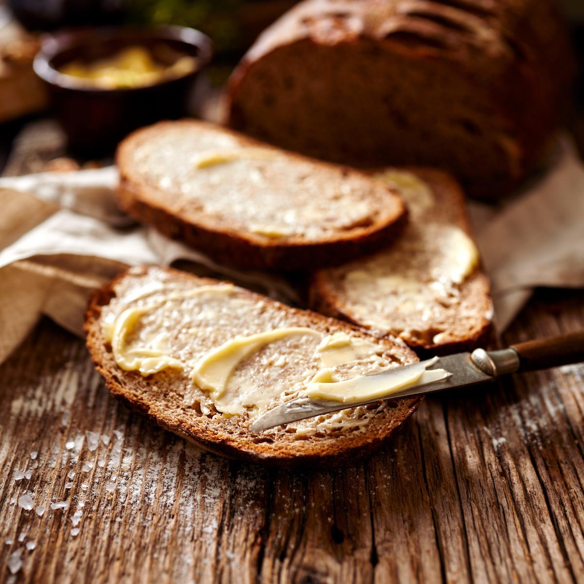 Du pain et du beurre © zi3000 shutterstock