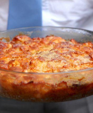 Gâteau aux pommes, à la vanille et au rhum