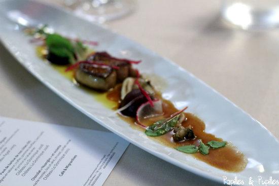 Pressoir d'Argent - Foie gras des Landes poele, coques, couteaux, bigorneaux et legumes croquants, jus des sucs
