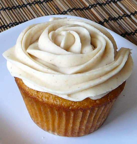 Cupcake comme une rose blanche