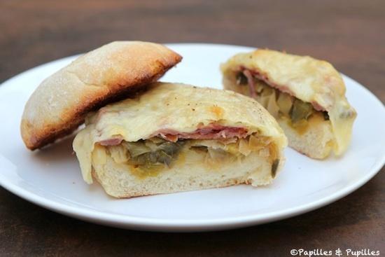 Sandwiches Leerdammer Jambon cru et fondue de poireaux