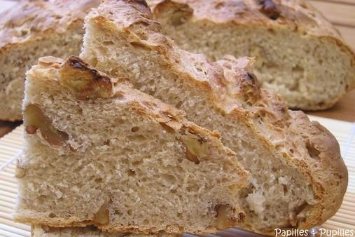 Pain aux noix à l'ancienne