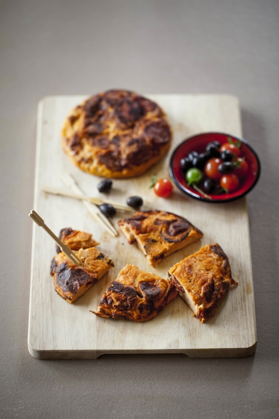 Tortilla au coulis de tomates et chorizo