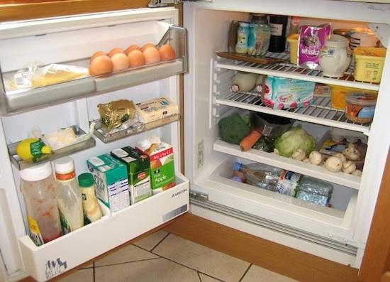 Cha ne du froid et dur e de conservation des aliments au for Frigo dans garage froid