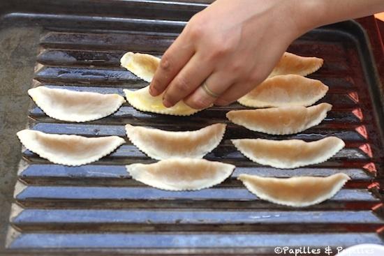 Cornes de gazelle sur la plaque de cuisson