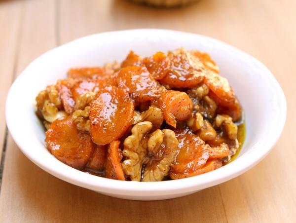 Salade de carottes aux noix ©AnneLataillade2013