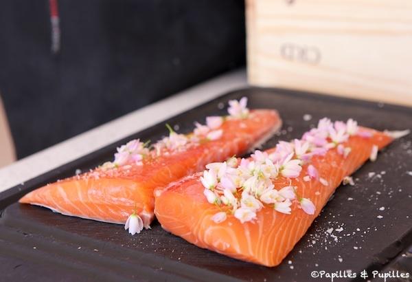Saumon et fleurs d'ail