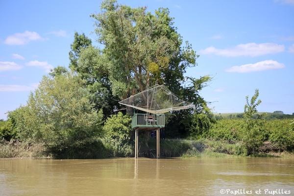 Carrelet pour la pêche sur la Garonne