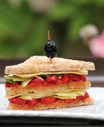 Club sandwich poivrons grillés, courgette