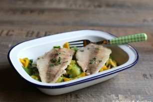 Filets de daurade, tagliatelles de courgettes