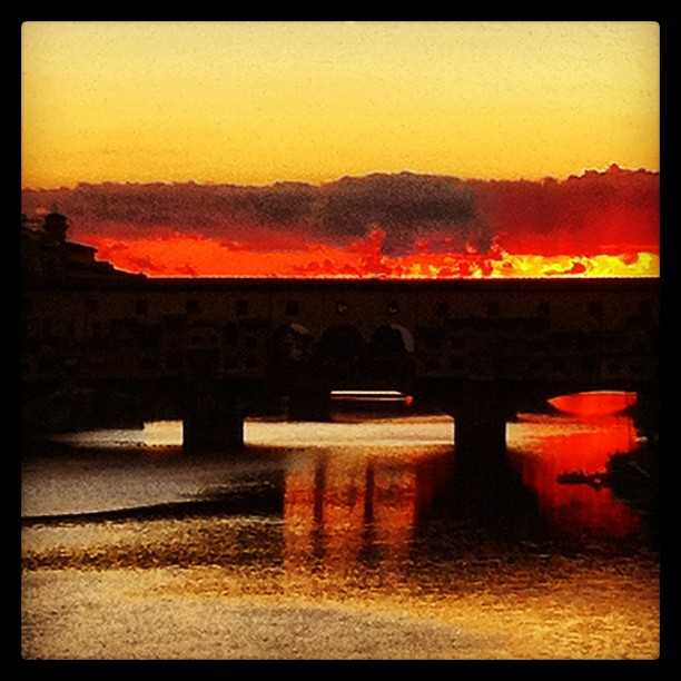 Sunset on the Ponte Vecchio, Firenze