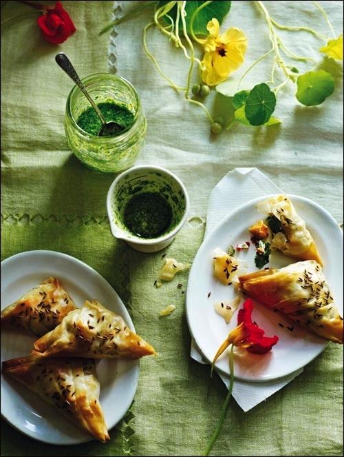 Samossas de patates douce et chèvre - Pesto indo italien - Reza mahammad ©Martin Poole