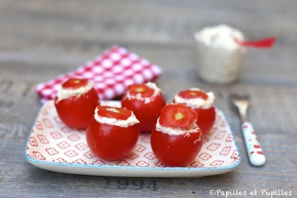 Tomates cocktail farcies au mascarpone, au thon et à la ciboulette -