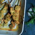 Saumon fumé mariné, yaourt, herbes et épices ©Martin Poole