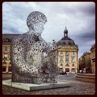 Jaume Plensa - place de la Bourse, Bordeaux