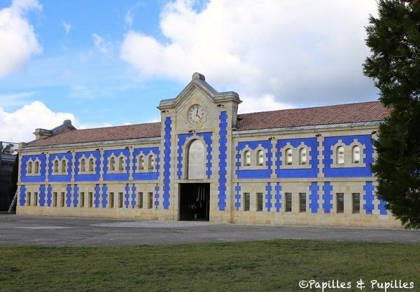 Chai bleu Klein - Château d'Arsac