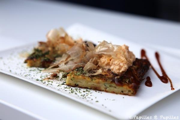 Okonomiyaki fourrée au crabe de la mer du Nord et au gingembre  - Tanuki